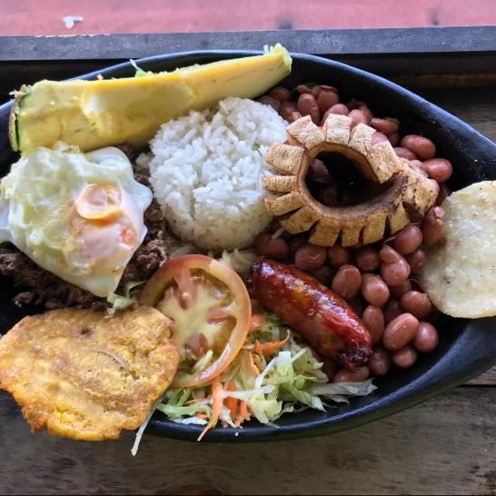 Bandeja paisa à Guatapé